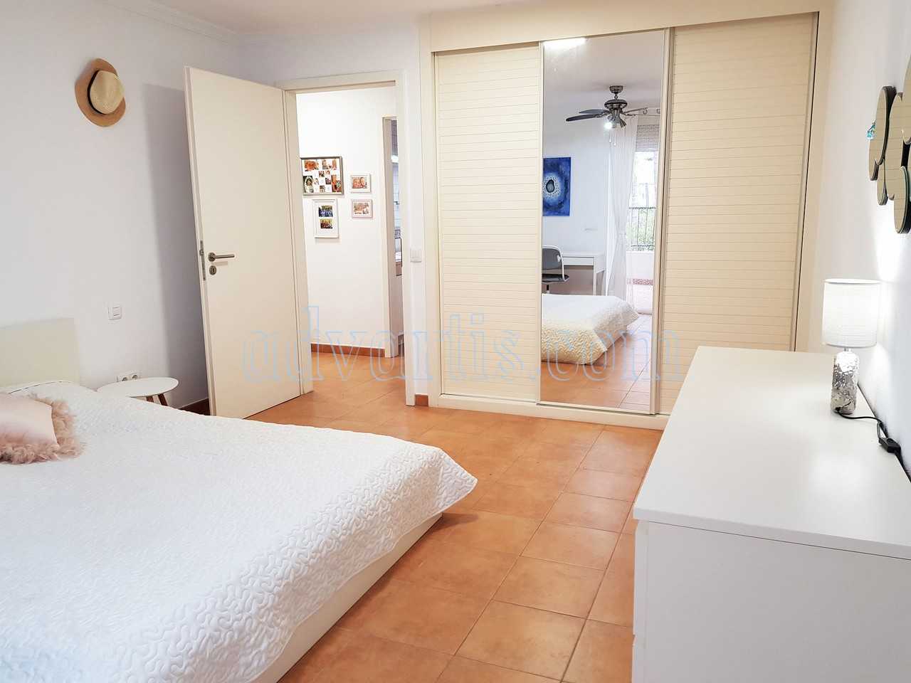 1-bedroom-apartment-for-sale-los-cristianos-tenerife-spain-38650-0920-18
