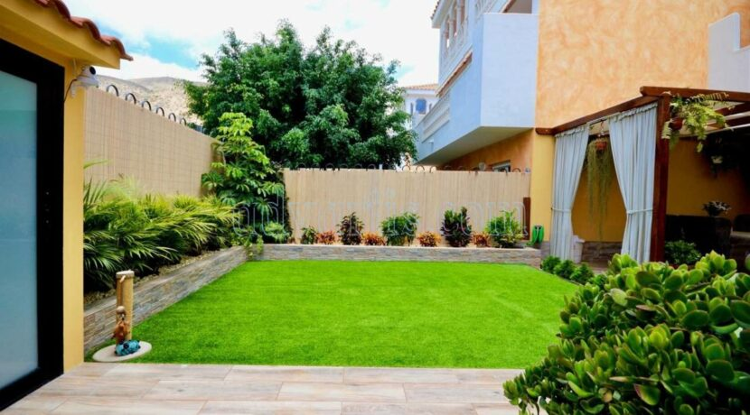 4-bedroom-apartment-for-sale-in-tenerife-los-cristianos-38650-0509-03