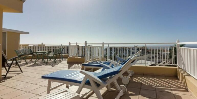 duplex-apartment-for-sale-in-playa-del-duque-costa-adeje-tenerife-spain-38679-0517-36