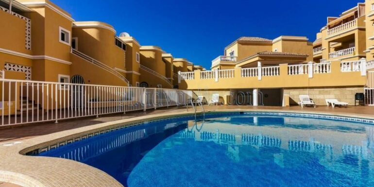 duplex-apartment-for-sale-in-playa-del-duque-costa-adeje-tenerife-spain-38679-0517-45