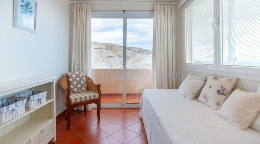 oceanfront-house-for-sale-in-el-medano-tenerife-spain-38612-0517-33