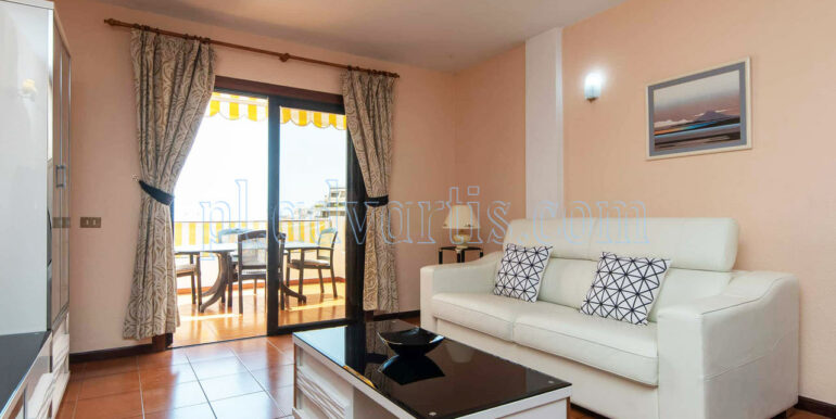 1-bedroom-apartment-for-rent-san-marino-apartments-los-cristianos-tenerife-138-650-0115-02