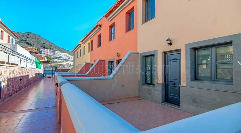 3-bedroom-villa-for-sale-in-el-madronal-adeje-tenerife-spain-38679-0823-30