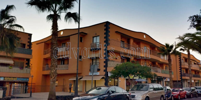 2-bedroom-apartment-for-sale-in-tenerife-adeje-38670-0311-01
