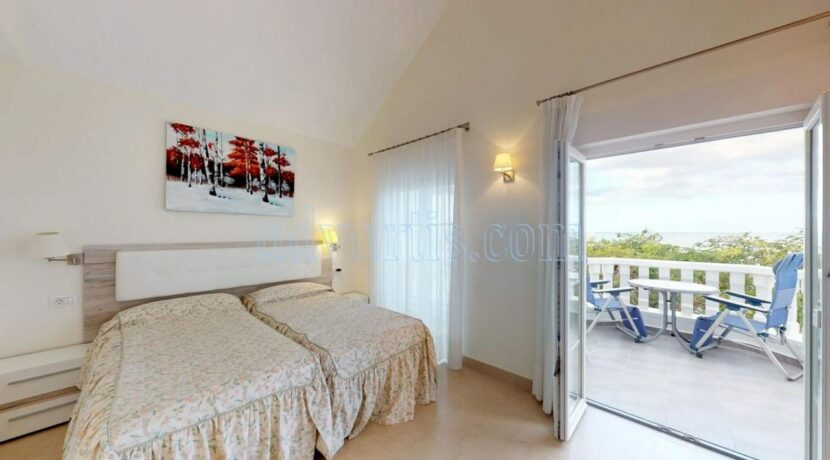exclusive-seafront-villa-for-sale-in-tenerife-costa-adeje-38660-0512-14
