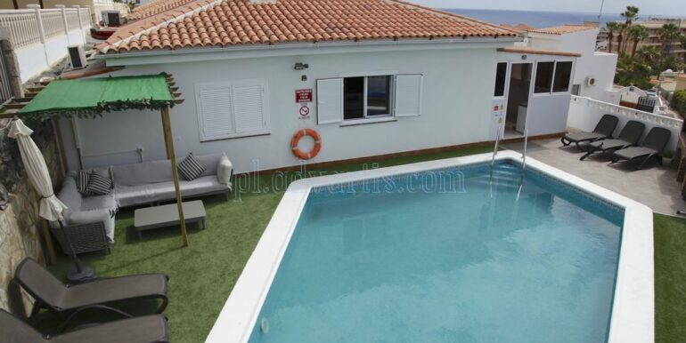 4-bedroom-villa-for-rent-in-callao-salvaje-tenerife-spain-38678-0708-02